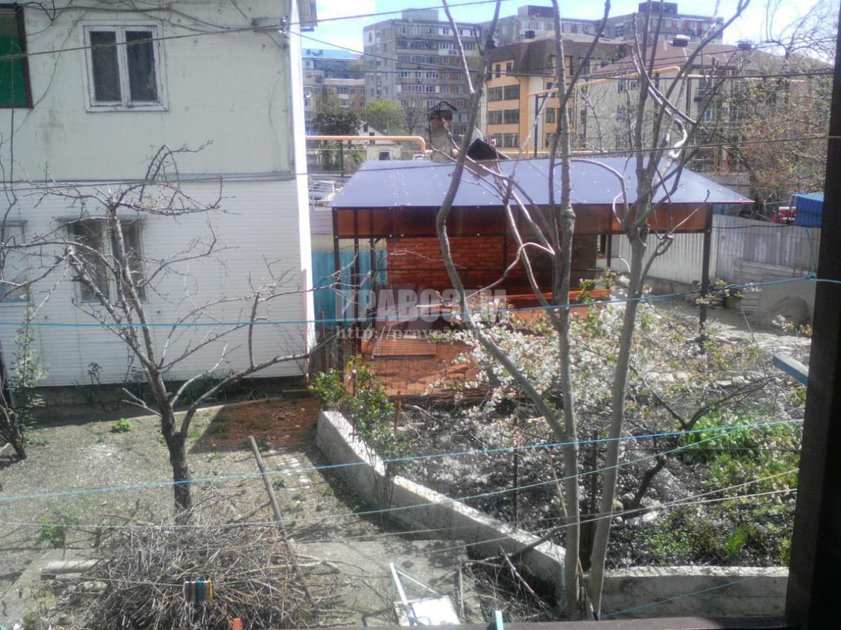 Самовольная постройка на долевом земельном участке.  А/Н Правозем